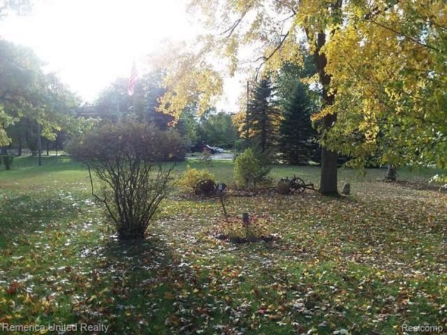 LOT 62 Little Farm Dr, White Lake Twp, MI 48386 (#219119590) :: RE/MAX Nexus