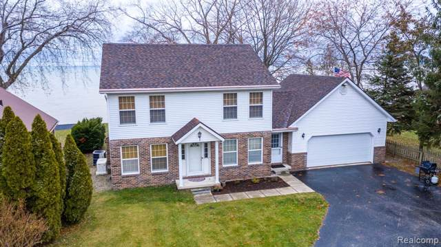 8752 Lakeshore Road, Burtchville Twp, MI 48059 (#219119606) :: The Buckley Jolley Real Estate Team