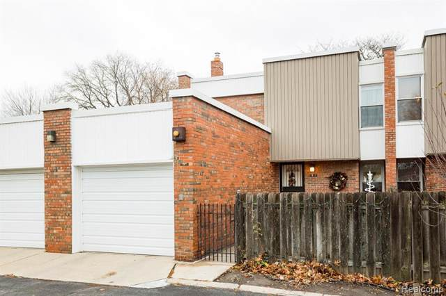 1917 Hyde Park Drive, Detroit, MI 48207 (#219119619) :: The Buckley Jolley Real Estate Team