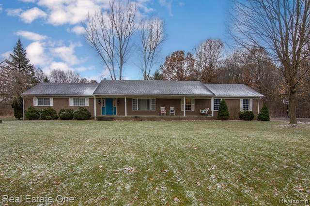 7701 Clement Road, Independence Twp, MI 48346 (#219119769) :: Team Sanford