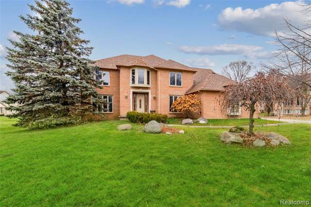 1049 Home Lane, Bloomfield Twp, MI 48304 (#219119797) :: Alan Brown Group