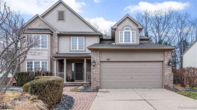 197 Columbia Drive, South Lyon, MI 48178 (#219119920) :: The Mulvihill Group