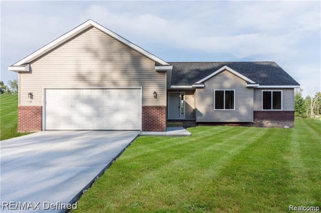 2560 Bull Run Road, Oxford Twp, MI 48371 (#219120144) :: Team Sanford