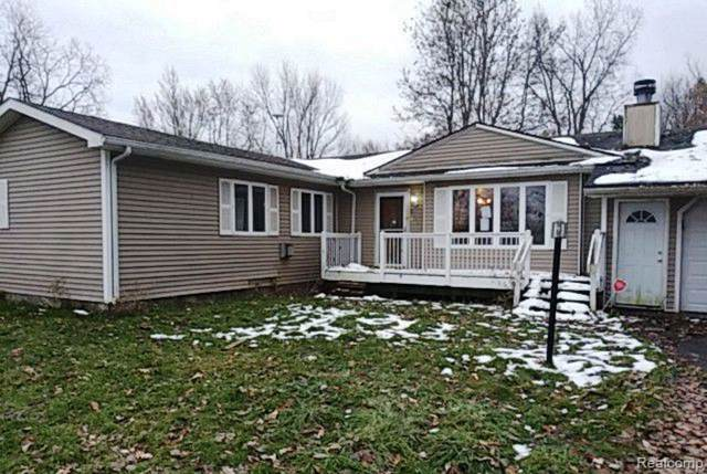 6408 E Court Street S, Burton, MI 48509 (#219120426) :: RE/MAX Nexus