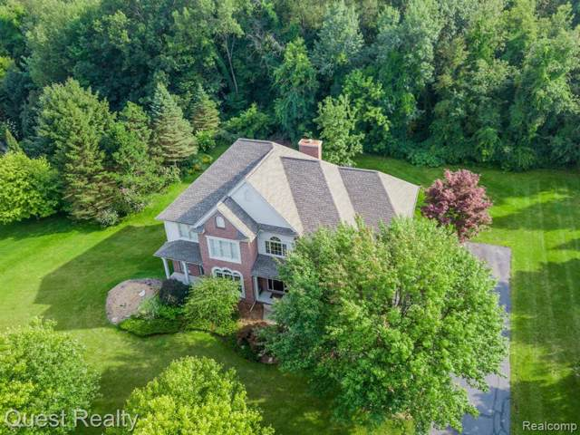 7724 Parkcrest Circle, Independence Twp, MI 48348 (#219120882) :: The Buckley Jolley Real Estate Team