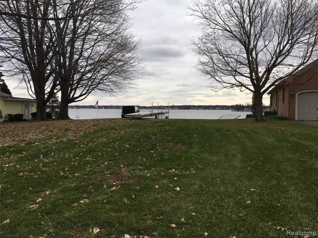 107 Holiday Drive, Columbia Twp, MI 49230 (#219121074) :: The Alex Nugent Team | Real Estate One