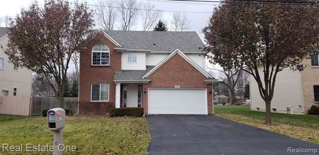185 Eastlawn Drive, Rochester Hills, MI 48307 (#219121117) :: Team Sanford
