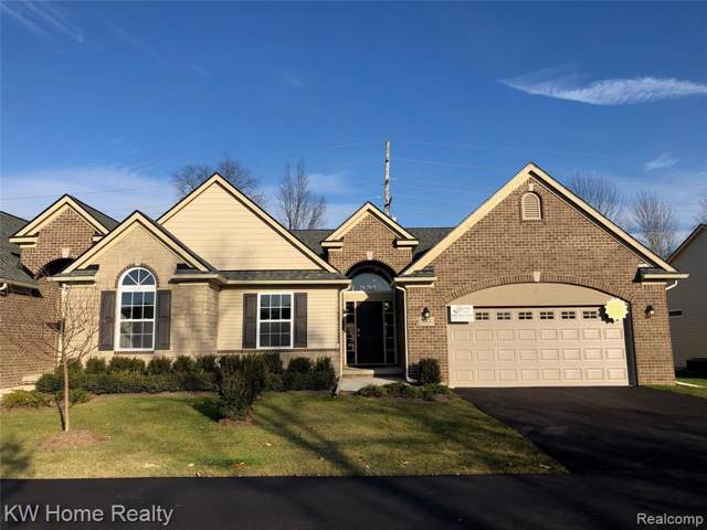 683 Andover Park Lane #6, Milford Twp, MI 48381 (#219121258) :: The Mulvihill Group