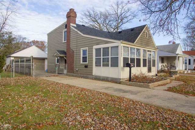 20507 Gaukler, Saint Clair Shores, MI 48080 (#58050001586) :: The Mulvihill Group