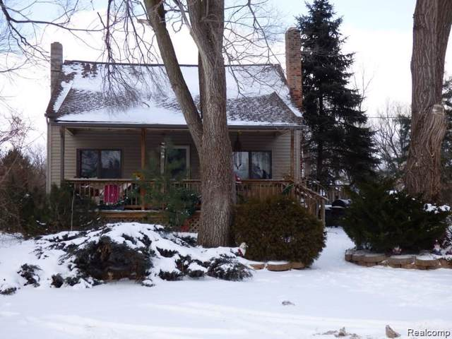 300 Cleveland Street, Chelsea, MI 48118 (#219121436) :: The Buckley Jolley Real Estate Team