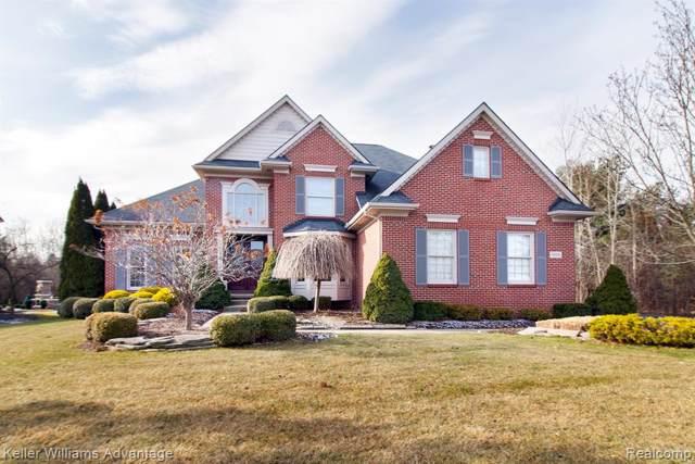6816 Oakhurst Ridge Road, Independence Twp, MI 48348 (#219121479) :: Duneske Real Estate Advisors