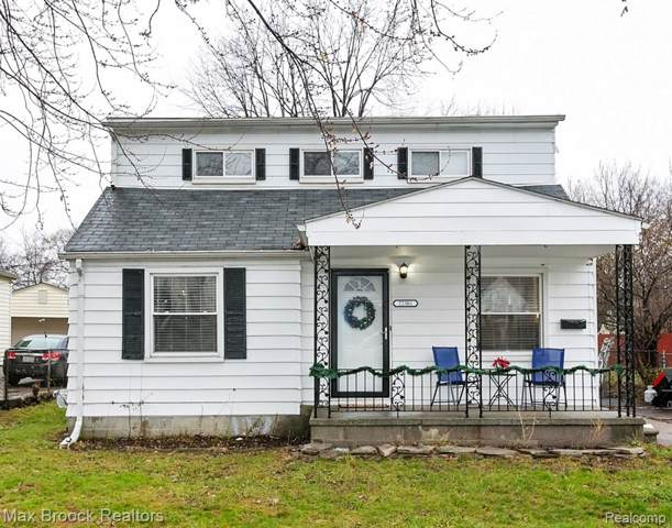 22301 Revere Street, Saint Clair Shores, MI 48080 (#219121529) :: The Mulvihill Group