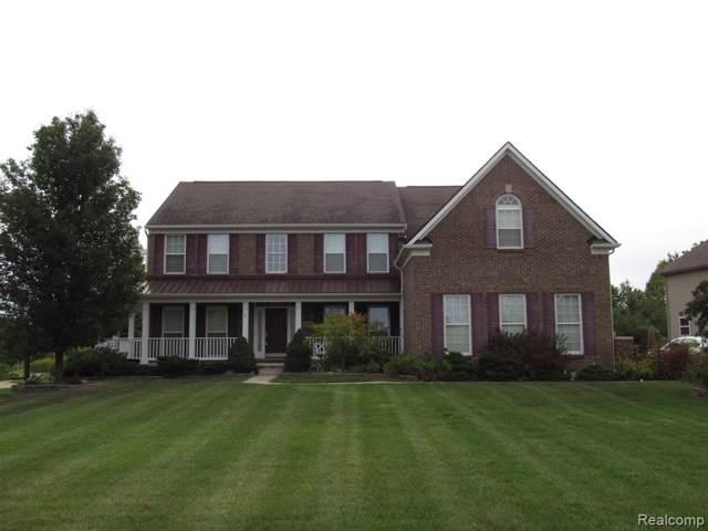23688 Lyon Ridge Drive, Lyon Twp, MI 48178 (#219121543) :: The Buckley Jolley Real Estate Team