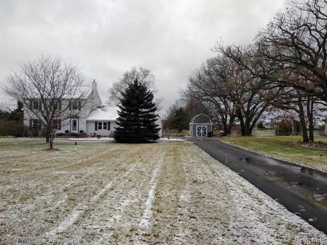 9610 Peer Road, Green Oak Twp, MI 48178 (#219121550) :: The Buckley Jolley Real Estate Team