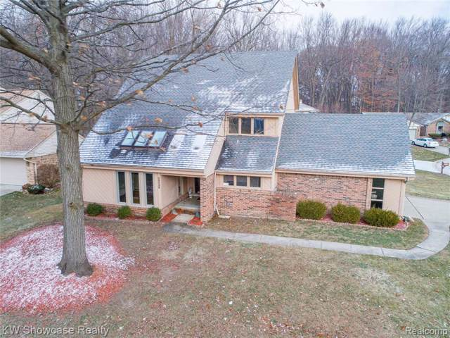 38326 Lancaster Drive, Farmington Hills, MI 48331 (#219121626) :: Alan Brown Group