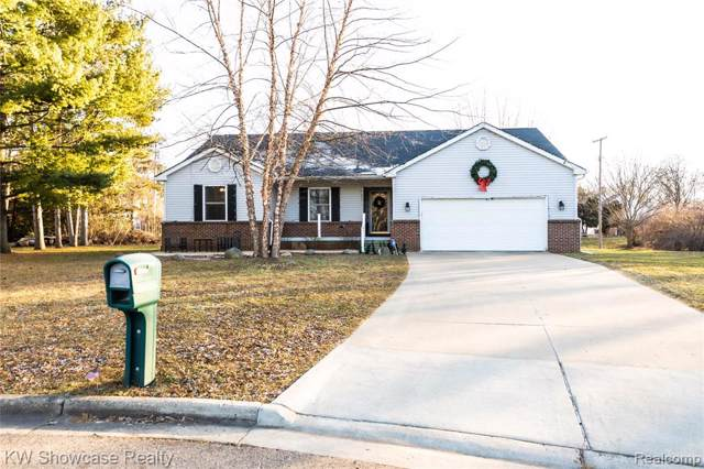 9372 Cliffside Court, White Lake Twp, MI 48386 (#219121869) :: The Buckley Jolley Real Estate Team