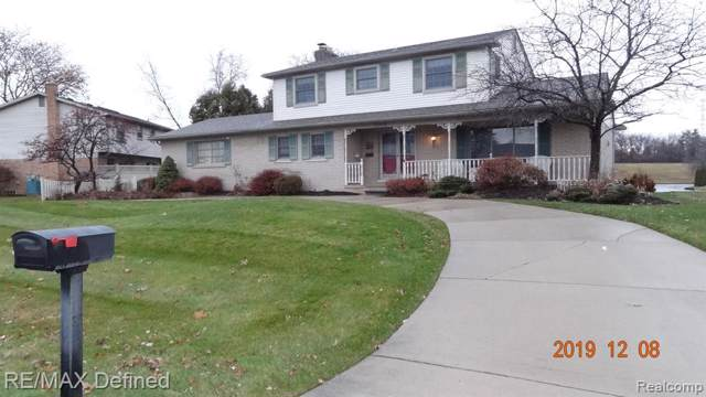 52425 Belle Arbor, Shelby Twp, MI 48316 (#219121980) :: Team DeYonker