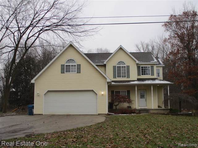 3145 Quick Road, Holly Twp, MI 48442 (#219122101) :: The Buckley Jolley Real Estate Team