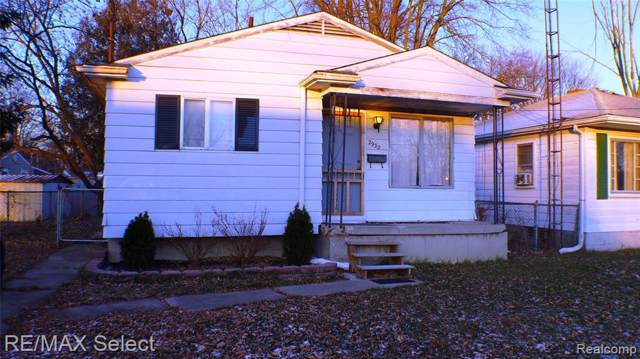 2932 Raskob Street, Flint, MI 48504 (#219122255) :: The Mulvihill Group