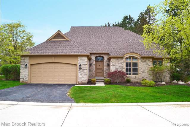 22140 Orchard Way, Beverly Hills Vlg, MI 48025 (#219122302) :: The Buckley Jolley Real Estate Team
