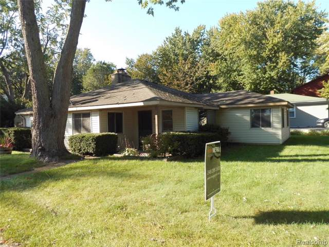 423 S. Washington Alpha Street, West Bloomfield Twp, MI 48382 (#219122339) :: The Buckley Jolley Real Estate Team