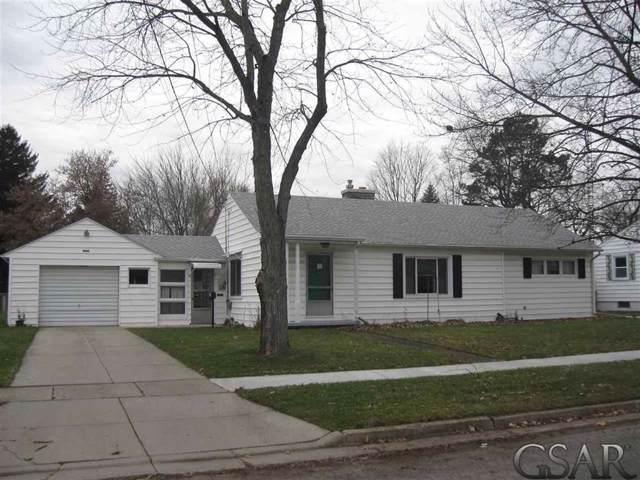 1029 N Dewey, Owosso, MI 48867 (#60050001860) :: The Alex Nugent Team | Real Estate One
