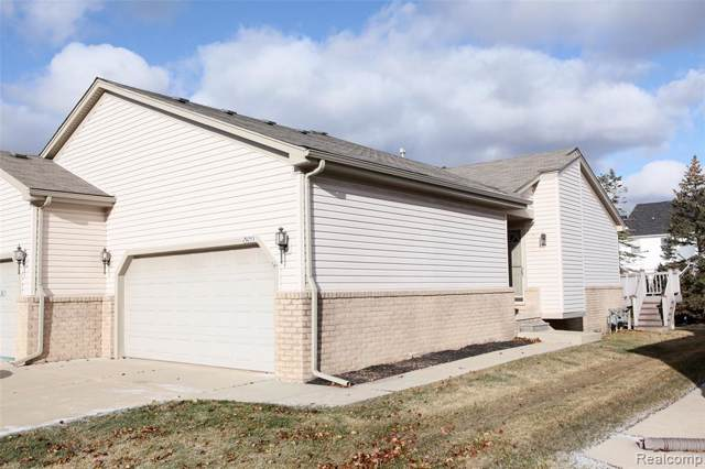 29253 Red Maple Drive #131, Chesterfield Twp, MI 48051 (#219122548) :: Alan Brown Group