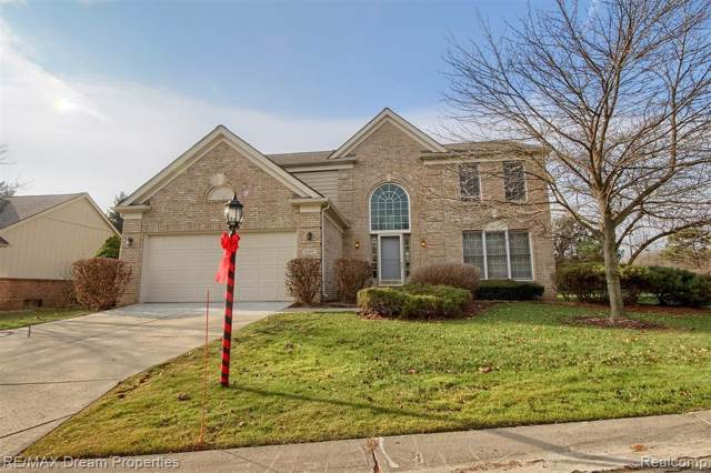 16997 Country Knoll Drive, Northville Twp, MI 48168 (#219122748) :: The Mulvihill Group