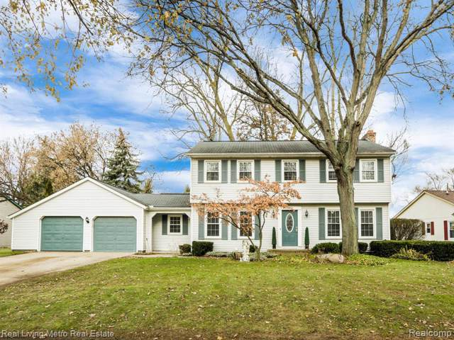 13455 Independence Avenue, Shelby Twp, MI 48315 (#219122770) :: The Buckley Jolley Real Estate Team