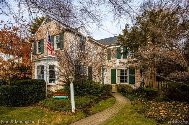 346 Moselle Pl, Grosse Pointe Farms, MI 48236 (#219122820) :: RE/MAX Nexus