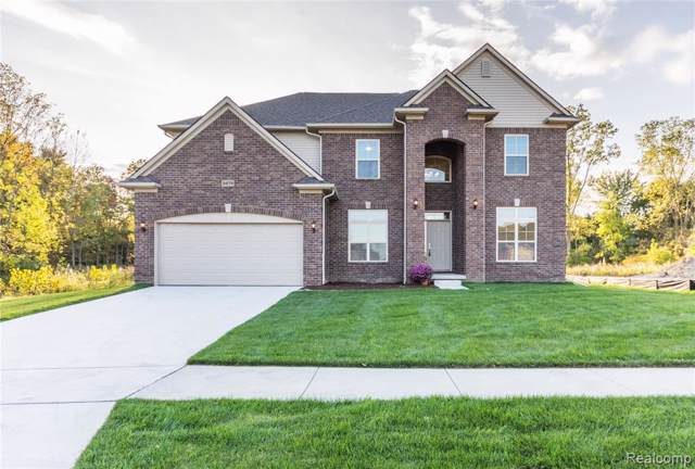 1551 Garrett Drive, Troy, MI 48085 (#219123107) :: The Mulvihill Group