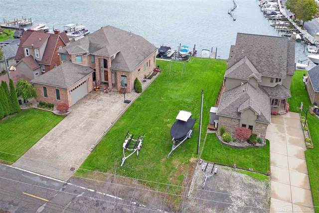 41090 Conger Bay Dr., Harrison Twp, MI 48045 (#58050002281) :: GK Real Estate Team