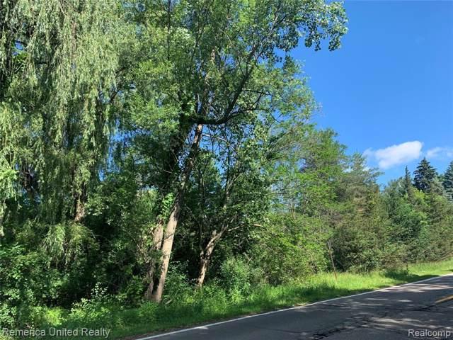 0000 Metroview, Farmington Hills, MI 48335 (#219125032) :: The Buckley Jolley Real Estate Team