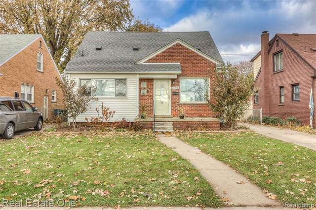 18714 Carlysle Street, Dearborn, MI 48124 (#2200000080) :: The Buckley Jolley Real Estate Team