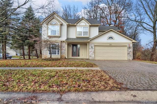 4803 Waldon Woods Drive, Commerce Twp, MI 48382 (#2200000237) :: The Buckley Jolley Real Estate Team