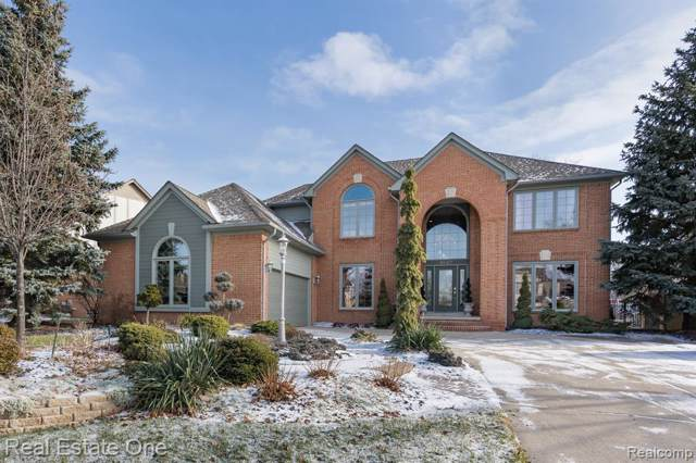 3627 Aynsley Drive, Rochester Hills, MI 48306 (MLS #2200001831) :: The Toth Team