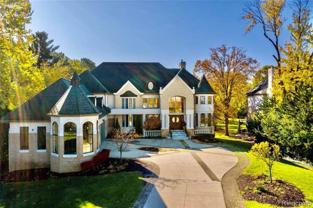 3425 W Long Lake Road, West Bloomfield Twp, MI 48323 (#2200001996) :: Alan Brown Group
