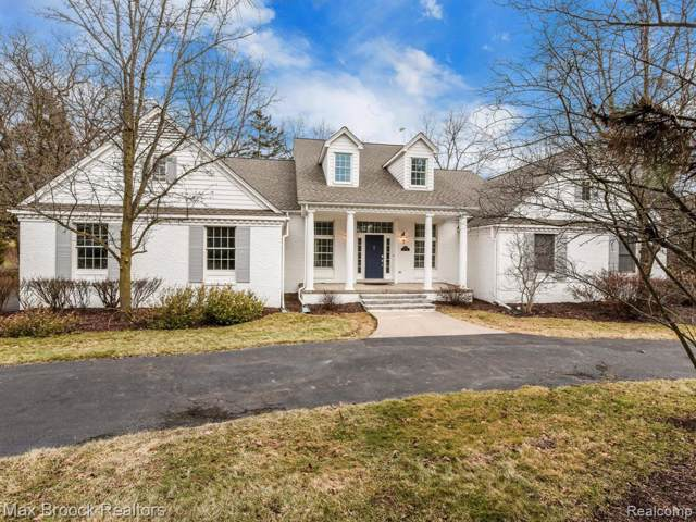 7499 Duval Drive, Bloomfield Twp, MI 48301 (#2200002166) :: The Mulvihill Group