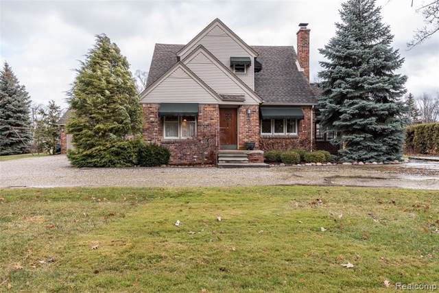 19360 Maxwell Street, Northville Twp, MI 48167 (#2200002287) :: Alan Brown Group