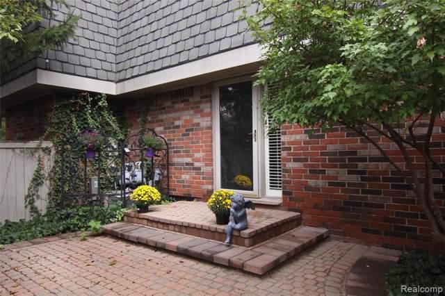 980 Stratford Lane, Bloomfield Hills, MI 48304 (#2200002802) :: RE/MAX Nexus