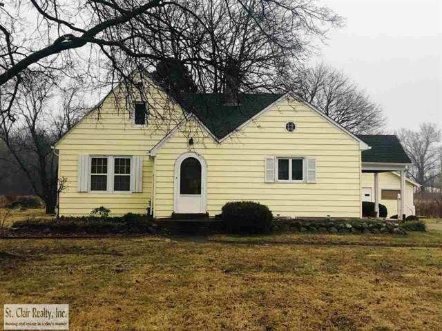 2363 St Clair Hwy, East China Twp, MI 48054 (#58050003356) :: Alan Brown Group