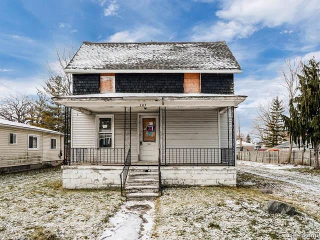 147 Comet Street, Mt. Clemens, MI 48043 (#2200003361) :: RE/MAX Nexus