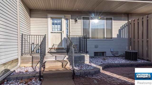 61702 Williamsburg #5, South Lyon, MI 48178 (#2200003377) :: Duneske Real Estate Advisors
