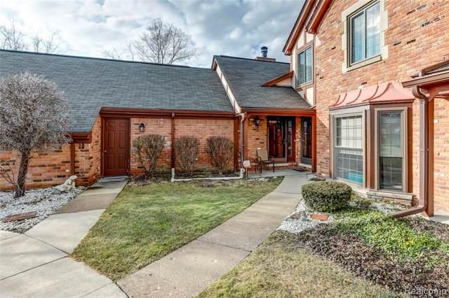 2651 Williamsburg Circle, Auburn Hills, MI 48326 (#2200003387) :: Springview Realty