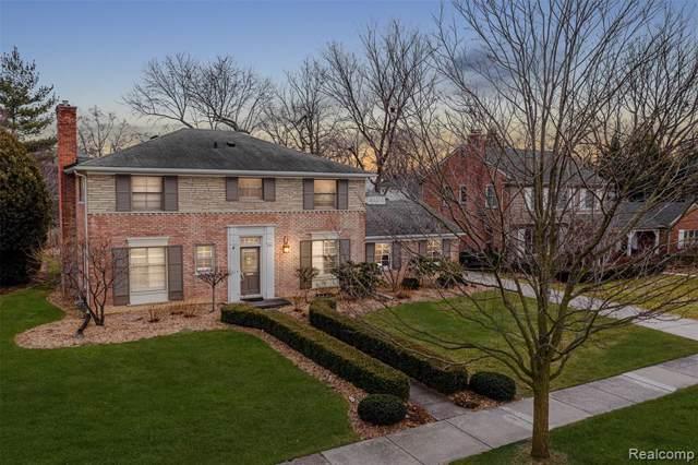 244 Fairfax Street, Birmingham, MI 48009 (#2200003639) :: The Buckley Jolley Real Estate Team