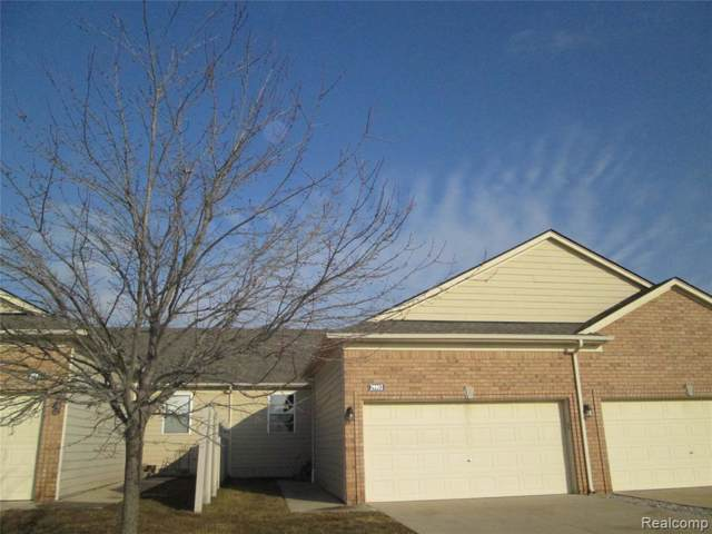 29983 Camden Circle #17, Chesterfield Twp, MI 48051 (#2200004087) :: Team DeYonker