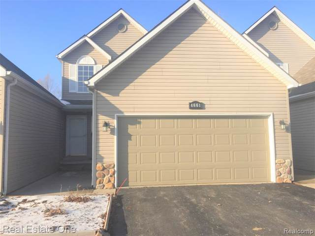 4661 Christopher Pines Drive, Independence Twp, MI 48346 (#2200004132) :: The Mulvihill Group
