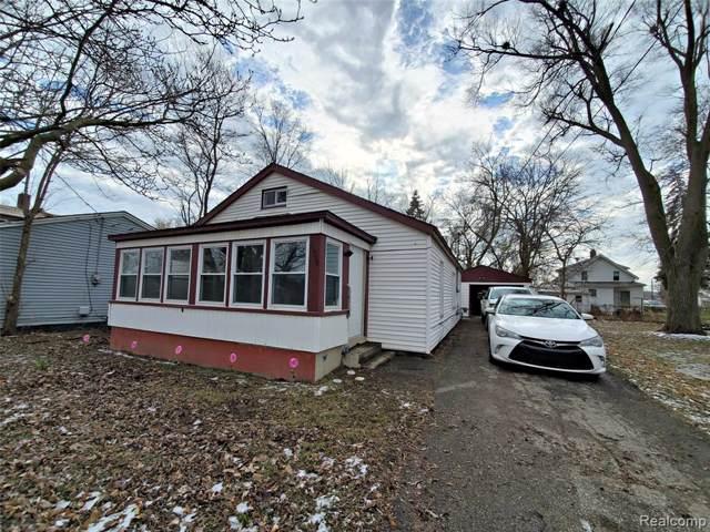 1454 Donovan Street, Burton, MI 48529 (#2200004387) :: Springview Realty