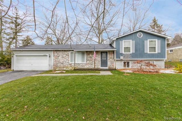 2120 Daintree Avenue, West Bloomfield Twp, MI 48323 (#2200004436) :: RE/MAX Classic