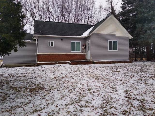 7786 Willis Road, Burnside Twp, MI 48416 (#2200004705) :: Springview Realty